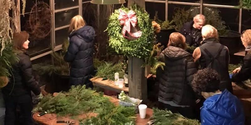 Book the Leading Hotel Online To Explore Greens Wreath Class at Ross and Ross Nursery